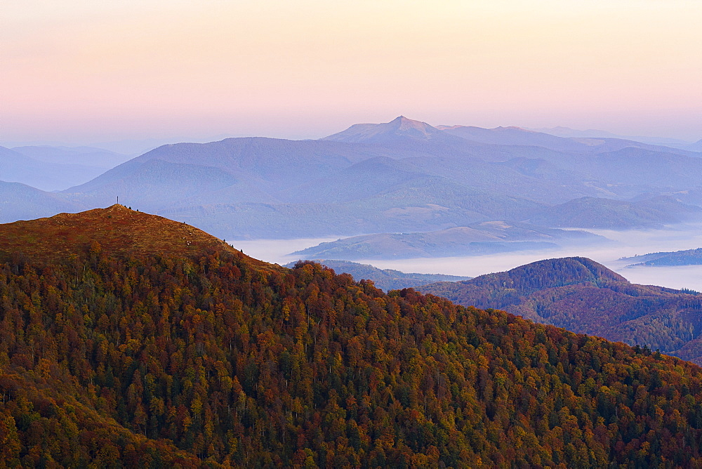 Ukraine, Zakarpattia region, Carpathians, Borzhava, Carpathian Mountains at sunset