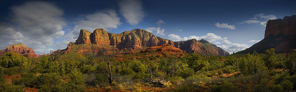 USA, Arizona, Sedona, Landscape with rock formations