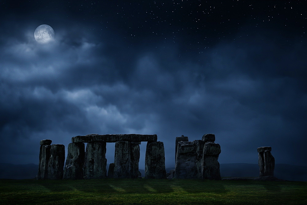 United Kingdom, England, Full moon above Stonehenge