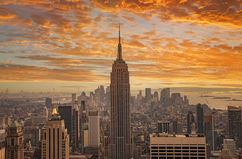 USA, New York, New York City, Empire State Building at sunset