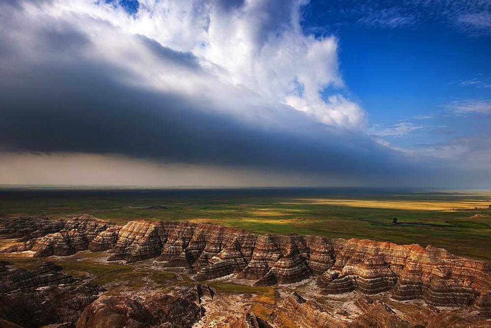 USA, South Dakota, Badlands National Park, Badlands with clearing storm clouds - 1178-30246