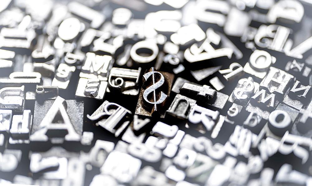 Metal type fonts - 1178-30256