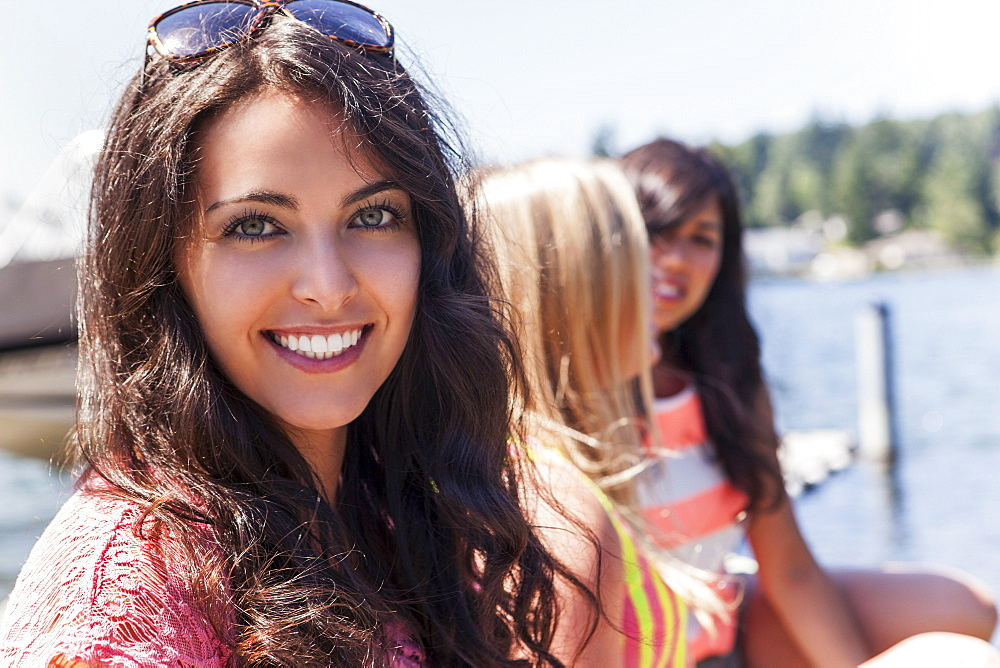 Portrait of three young women outdoors, USA, Washington, Bellingham