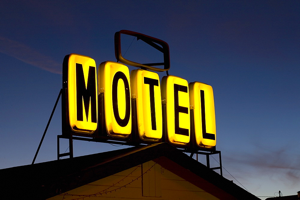 Illuminated motel sign - 1178-6046