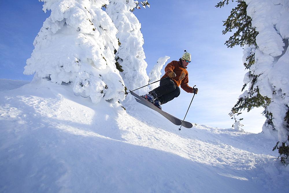 Man skiing, USA, Montana, Whitefish