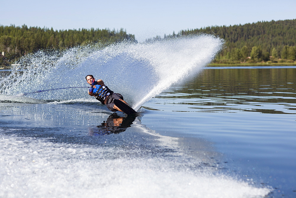 Man waterskiing, USA, Montana,Whitefish, Whitefish Lake