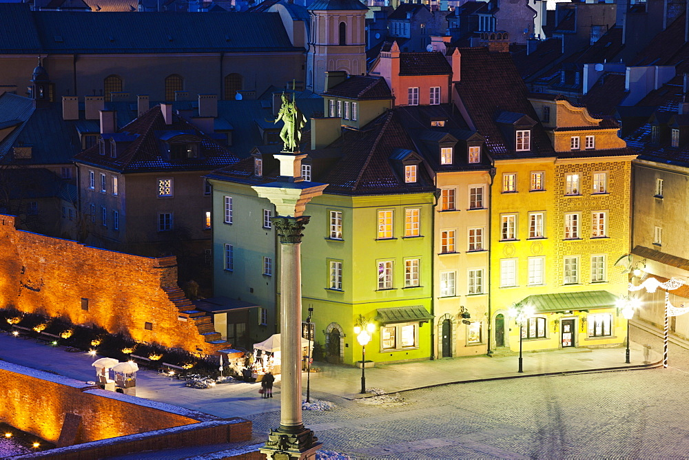 Castle Square, Sigismund's Column at night