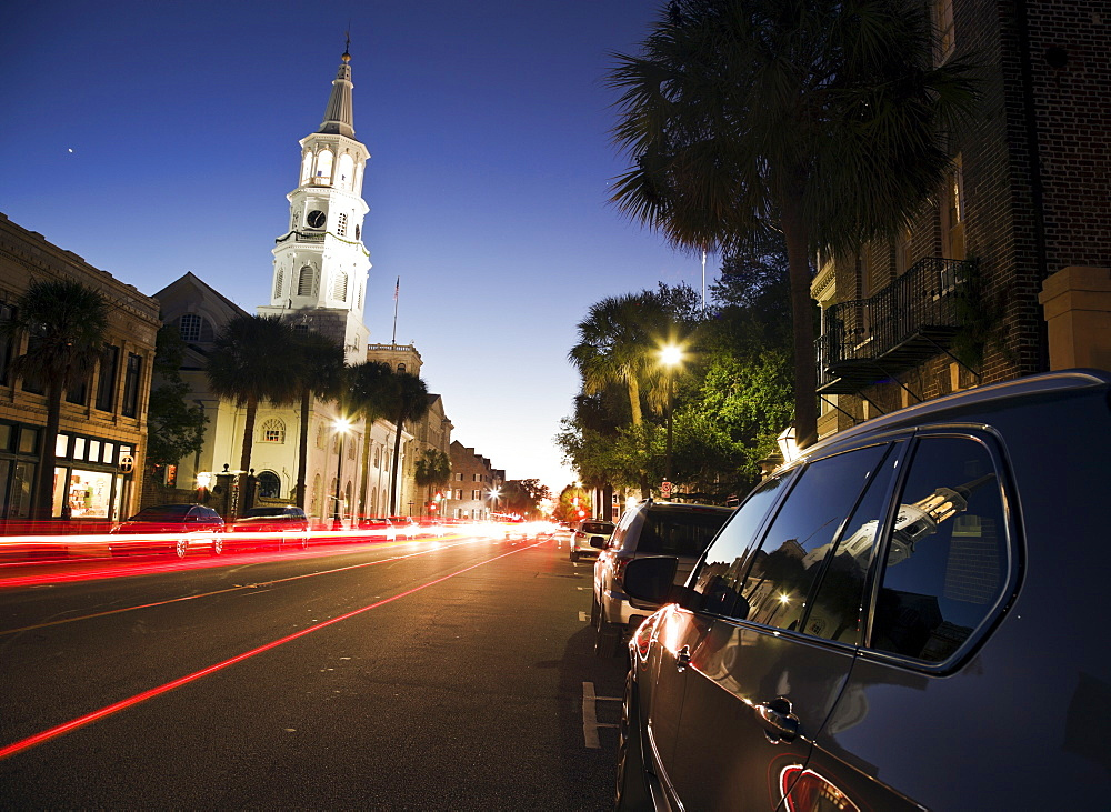 USA, South Carolina, Charleston, Light trails in street