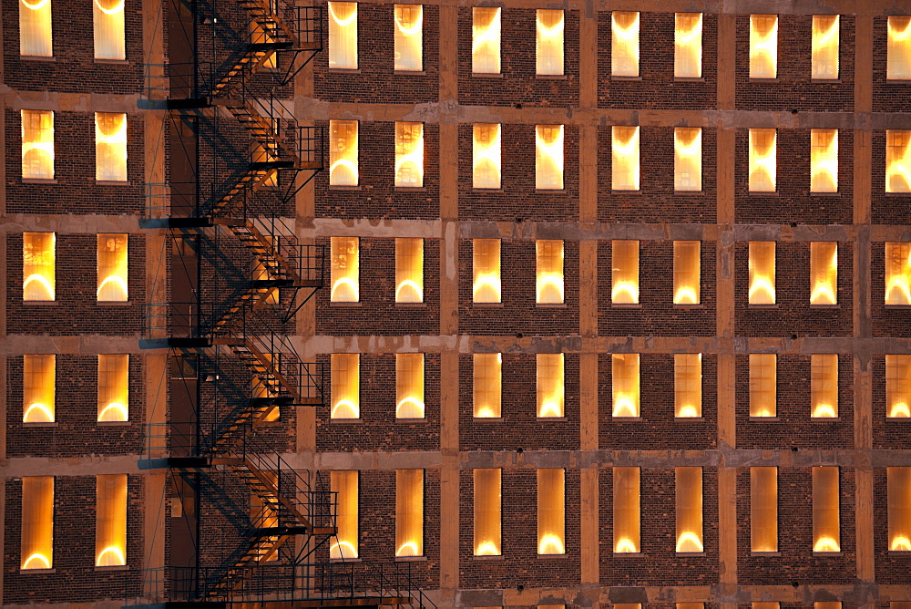 USA, Illinois, Chicago, Detail of illuminated building