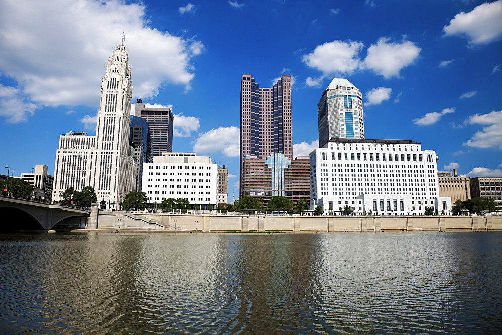 USA, Ohio, Columbus skyline