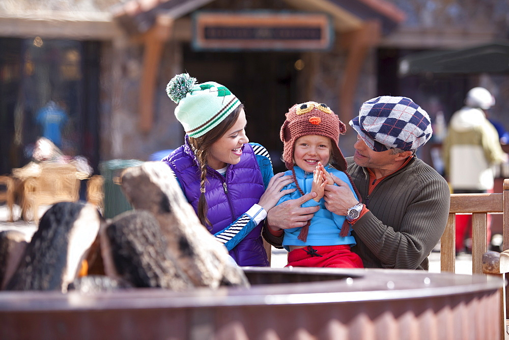 USA, Colorado, Telluride, Parents with son (4-5) at ski resort