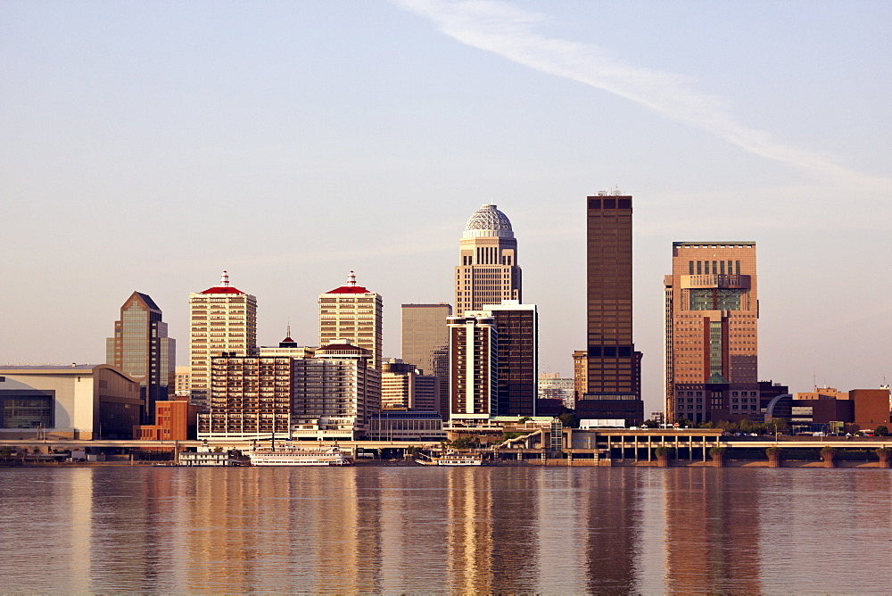 USA, Kentucky, Louisville, Morning skyline