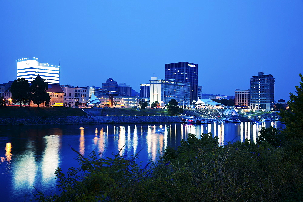 USA, West Virginia, Charleston, Skyline at night