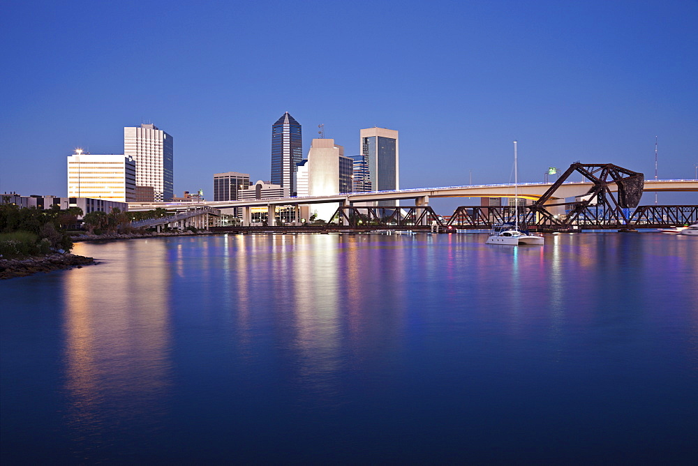 USA, Florida, Jacksonville, City skyline at dusk