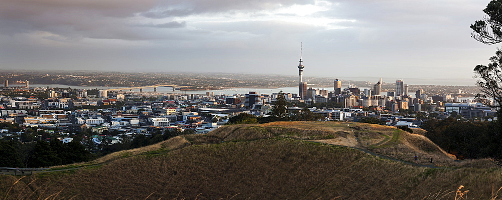 Sunrise over city, New Zealand, Auckland