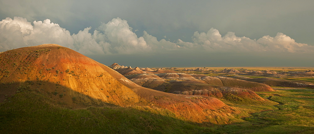 USA, South Dakota, Mountains in Badlands National Park at sunset