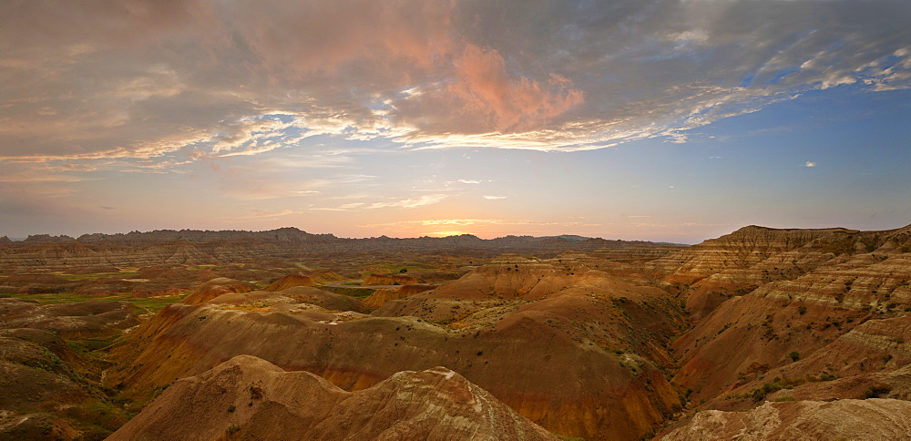 USA, South Dakota, Mountains in Badlands National Park at sunrise