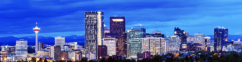 Panoramic view of city at dusk, Calgary, Canada