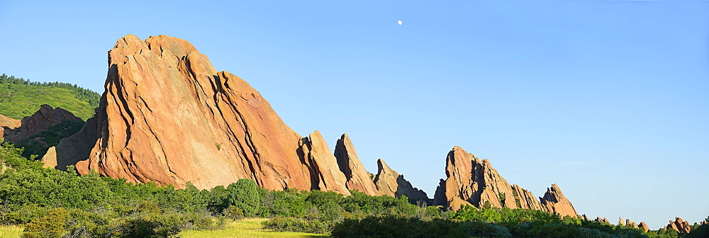 USA, Colorado, Roxborough State Park, Panorama of Sandstone formations