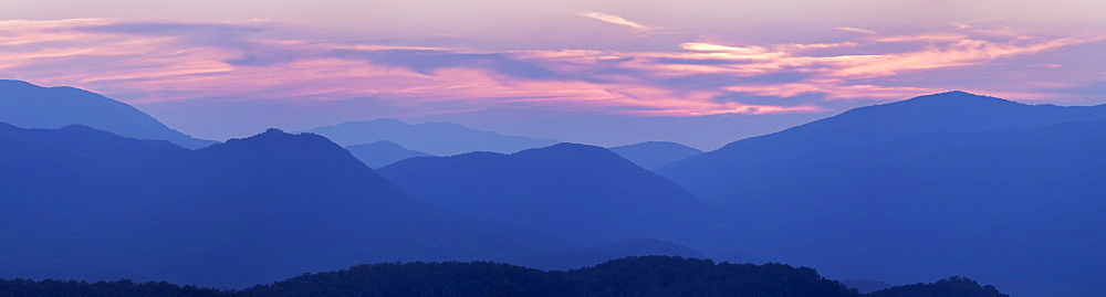 Sunset landscape, Smoky Mountains Nationa Park, Tennessee