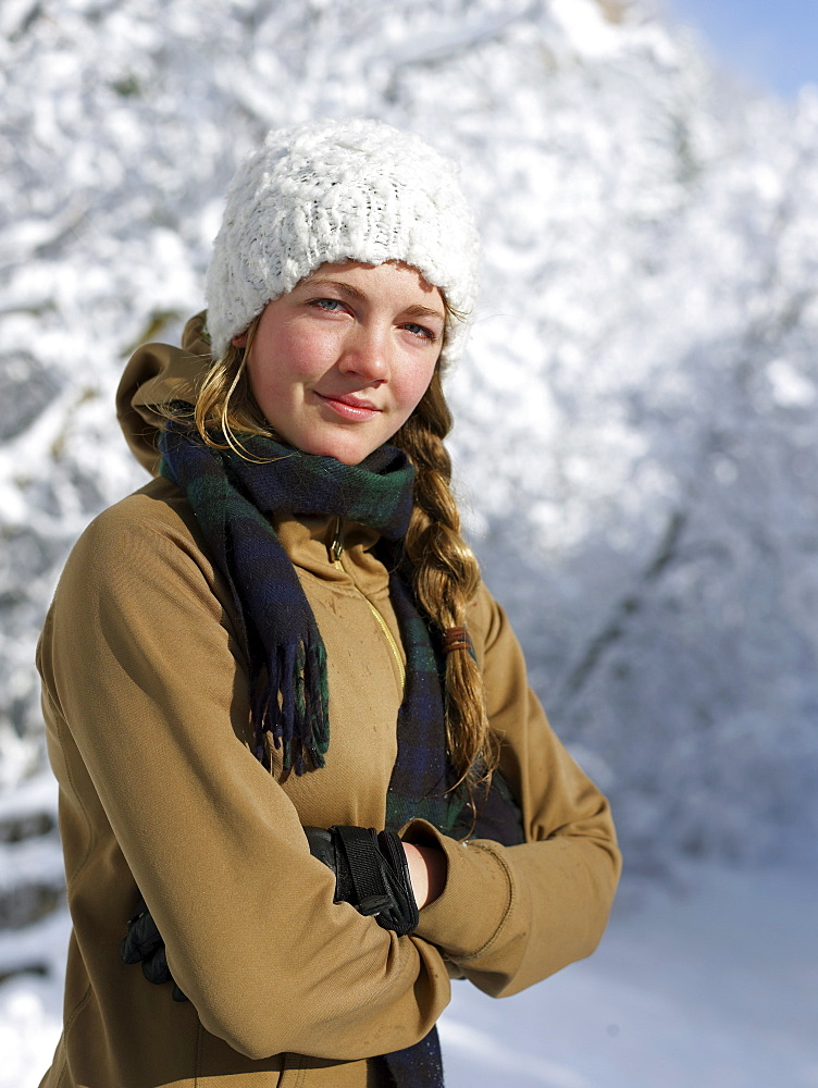 USA, Colorado, portrait of young woman in winter clothing