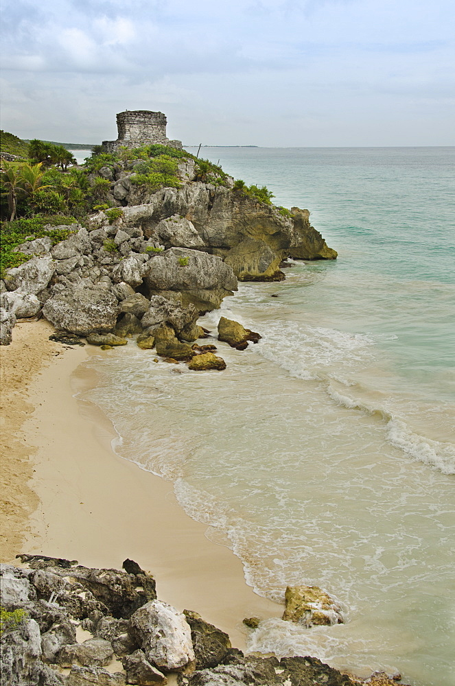 Mexico, Tulum, ancient ruins on beach
