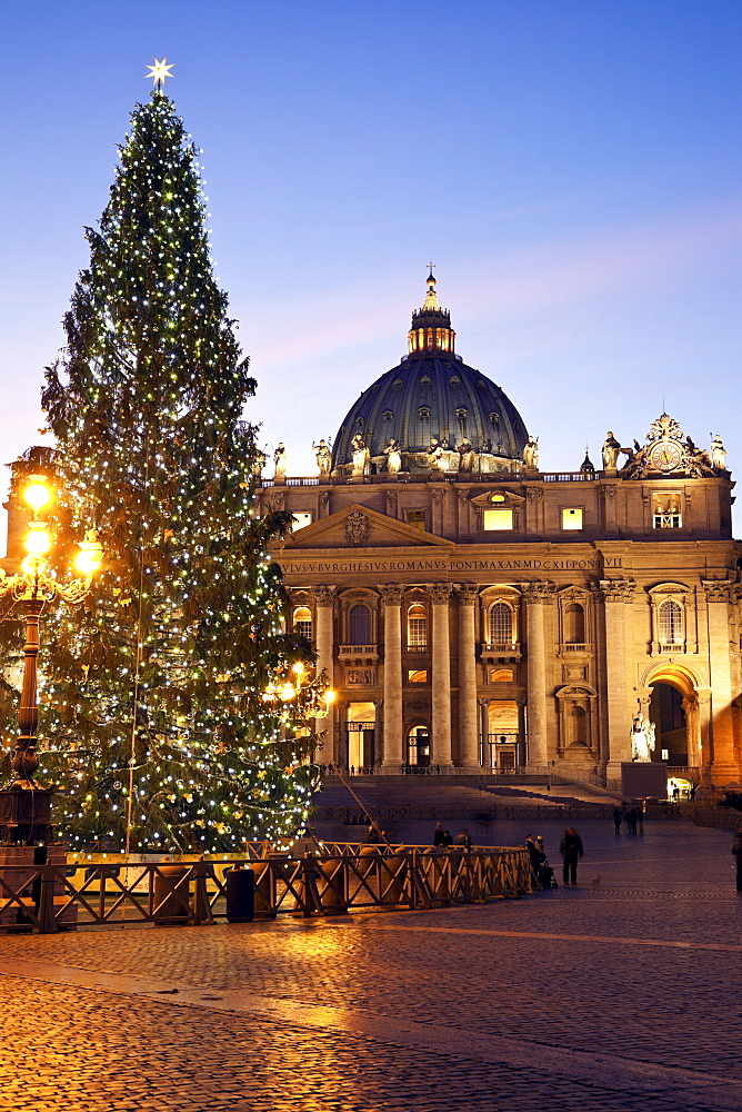 Saint Peter's Square and Saint Peter's Basilica in Christmas time