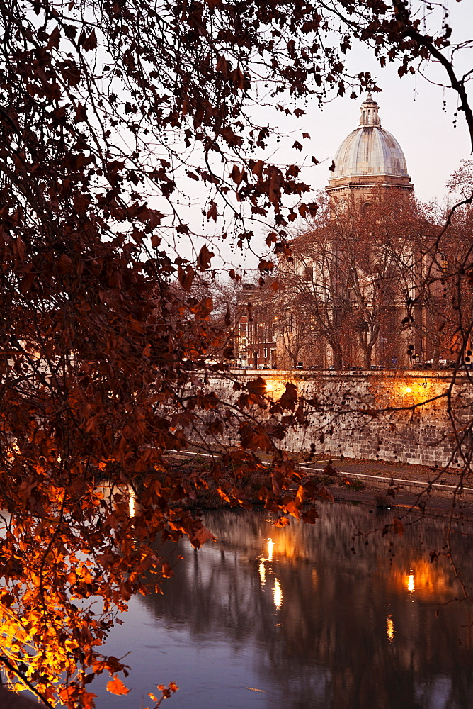 View over Tiber River in early morning