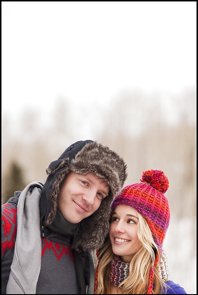 USA, Utah, Salt Lake City, young couple in winter clothing