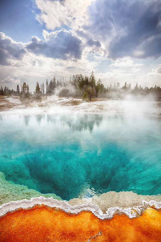 Black Pool in West Thumb Geyser Basin, Yellowstone National Park, Wyoming