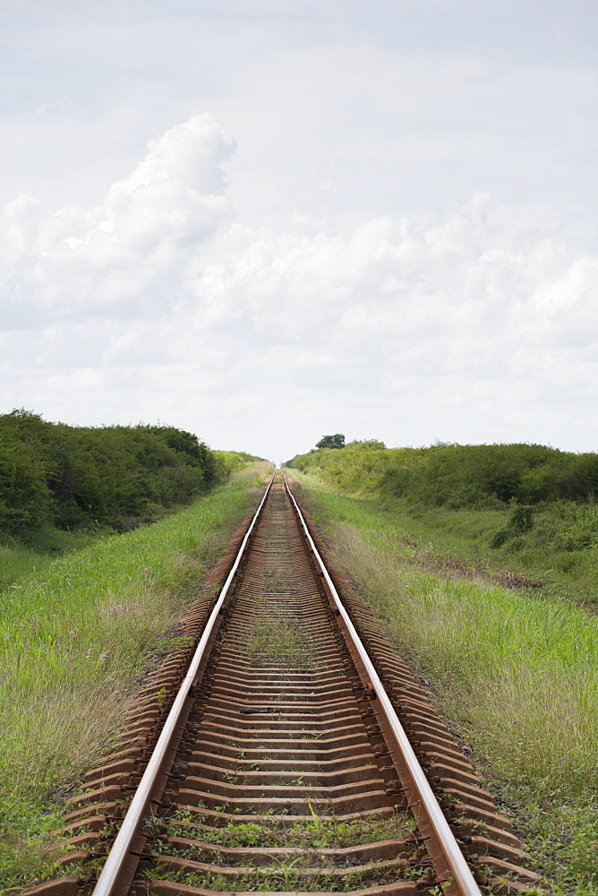 Cuba, Railroad vanishing point