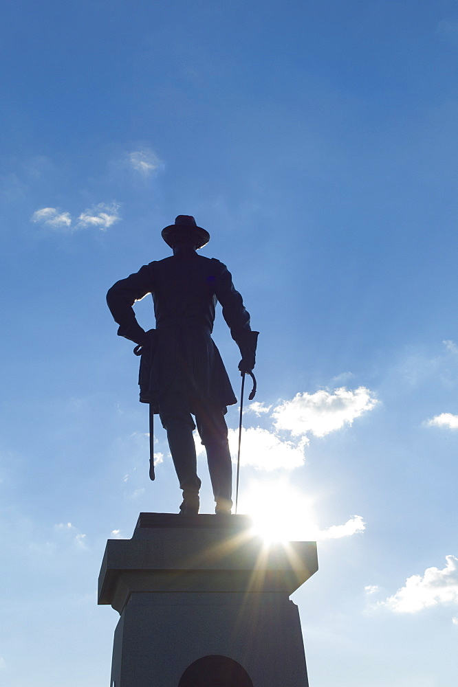 Sunset over statue at Gettysburg national military park
