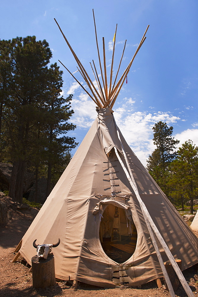 USA, South Dakota, Traditional Indian teepee