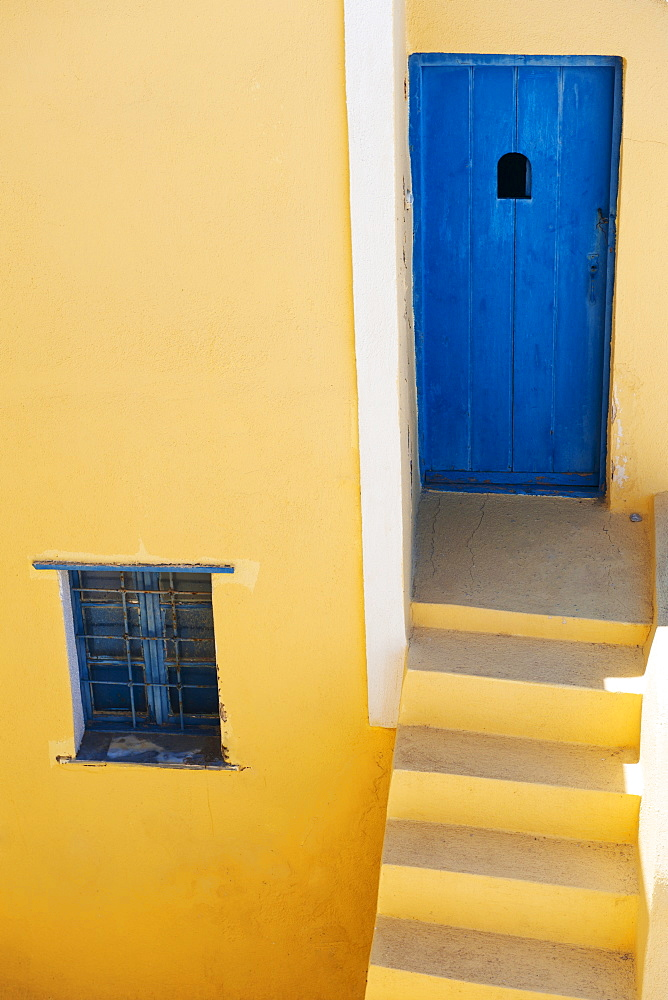 Greece, Cyclades Islands, Santorini, Oia, Steps outside house - 1178-15135