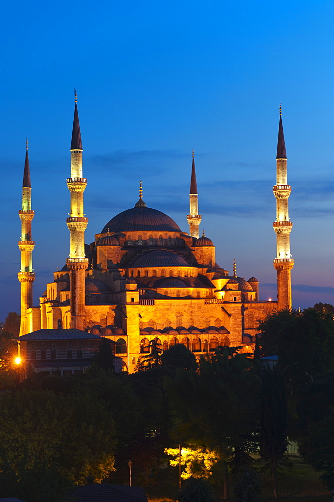 Turkey, Istanbul, Haghia Sophia illuminated at dusk