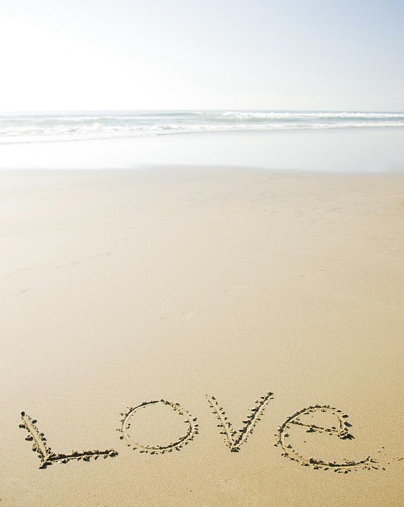 Love written in sand - 1178-16870