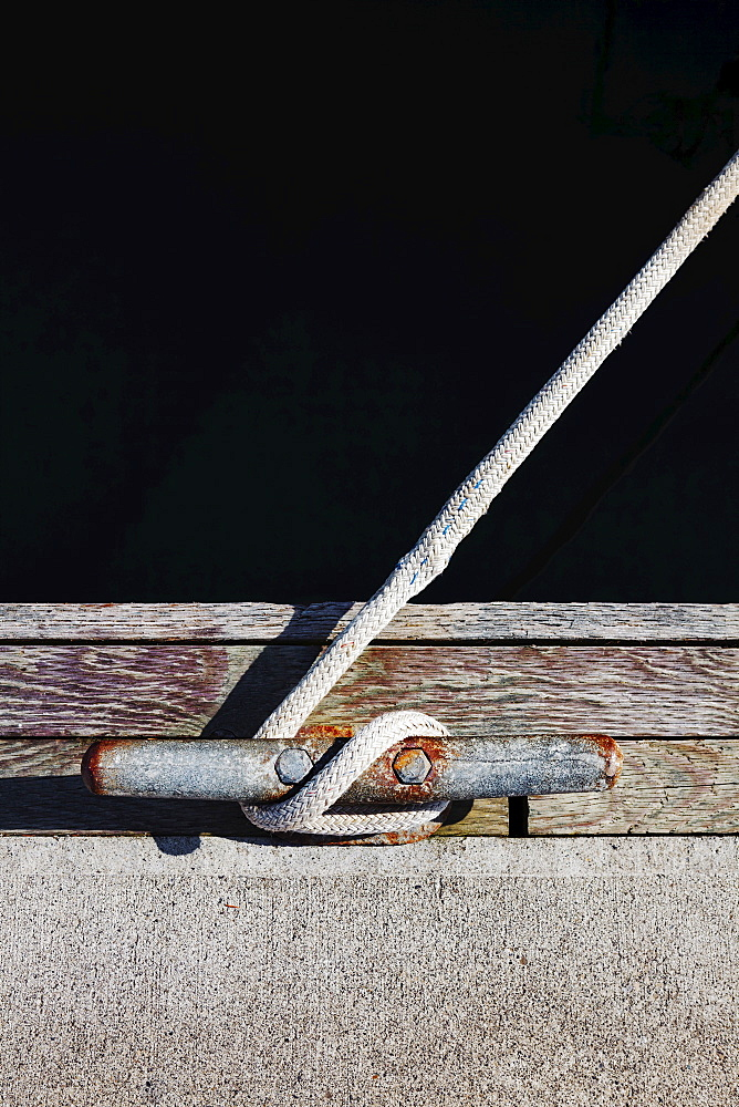 Rope tied to mooring cleat