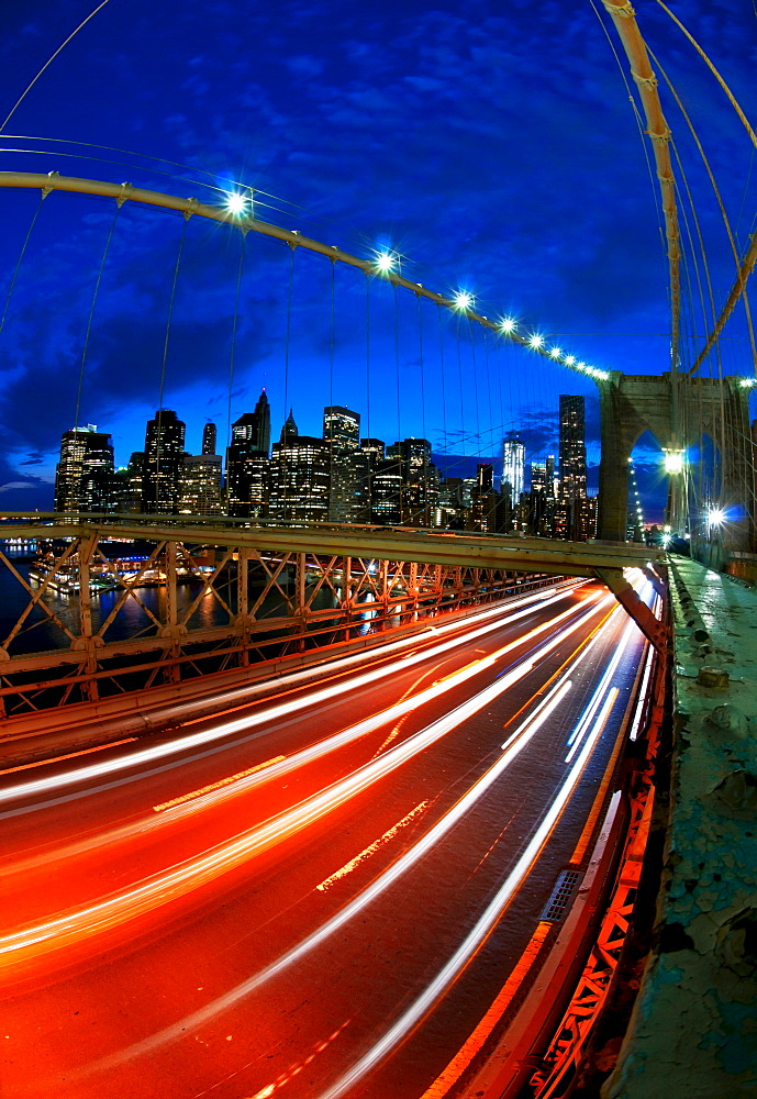 USA, New York State, New York City, Manhattan, Brooklyn Bridge at dusk - 1178-18375