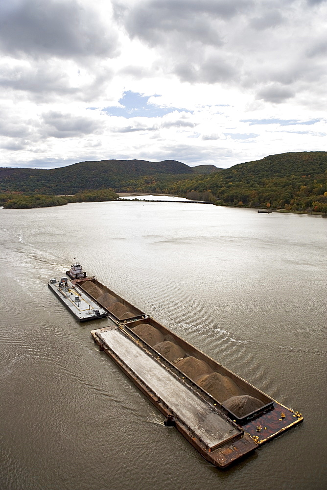 USA, New York, Bear Mountain, aerial view of barge on river