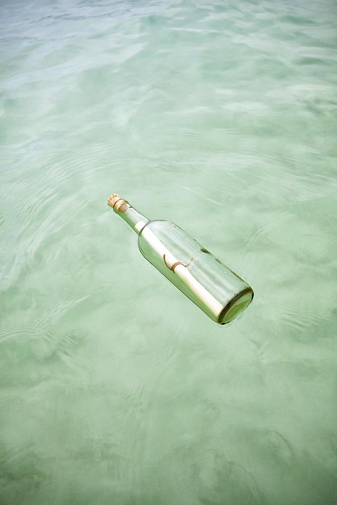 Message in bottle, Mexico, Quintana Roo, Yucatan Peninsula, Isla Mujeres