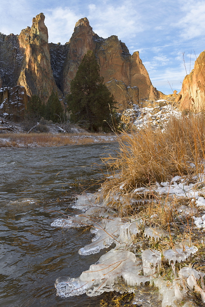 River and rock formation in winter, Smith Rock State Park, Oregon