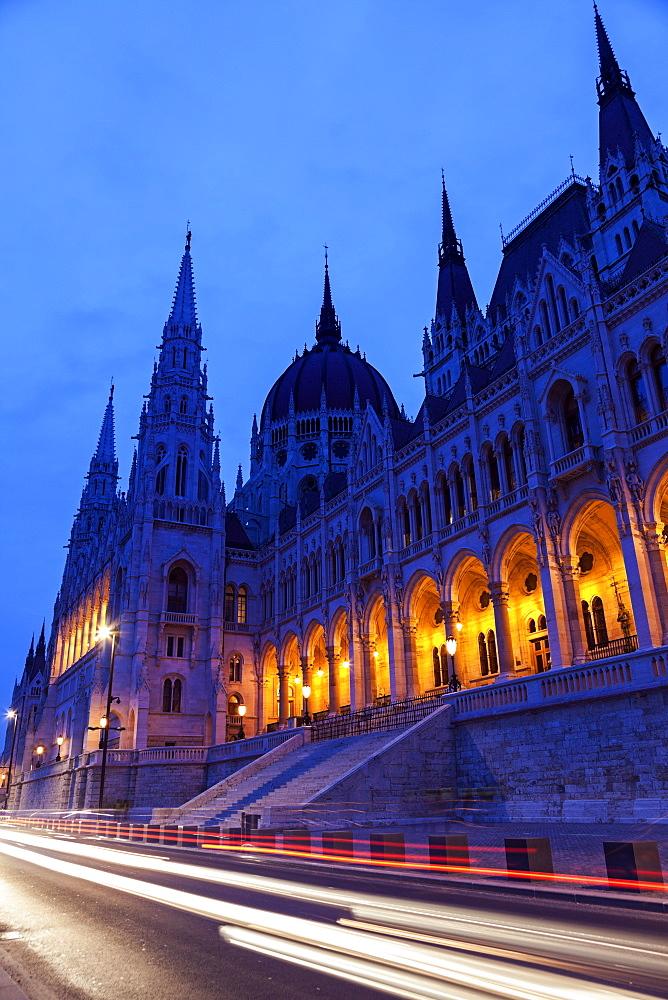 Illuminated Hungarian Parliament and light trails, Hungary, Budapest, Hungarian Parliament