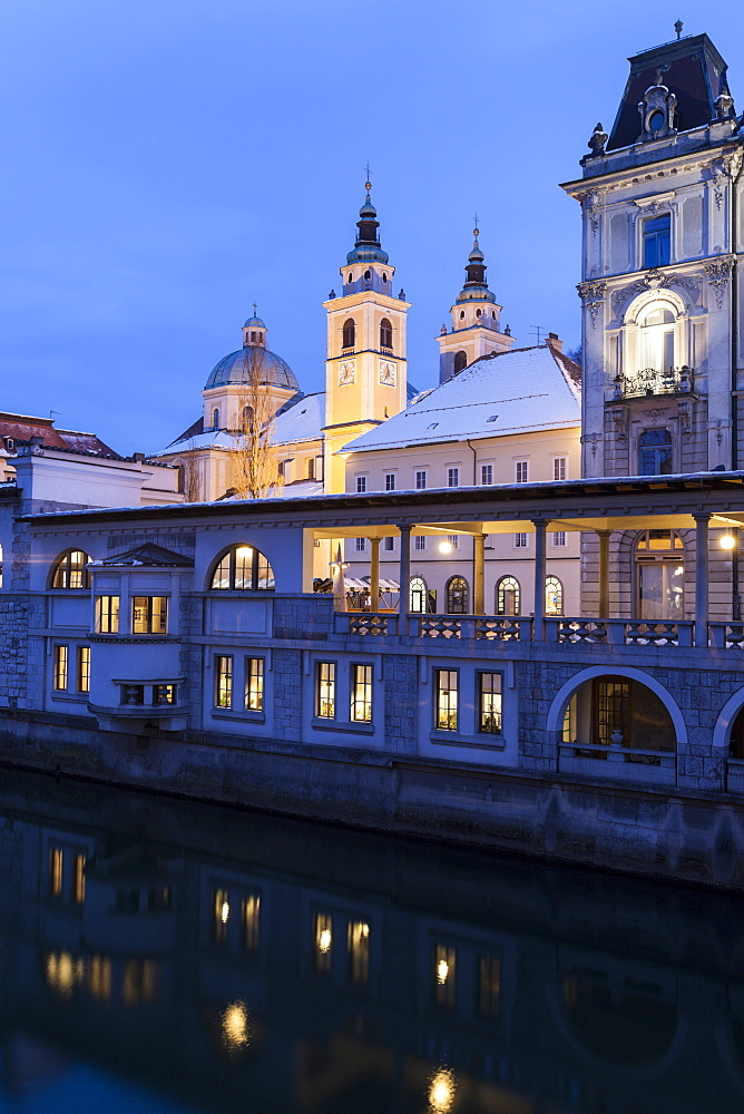 St. Nicholas Cathedral illuminated at dawn, Slovenia, Ljubljana, Saint Nicholas' Cathedral