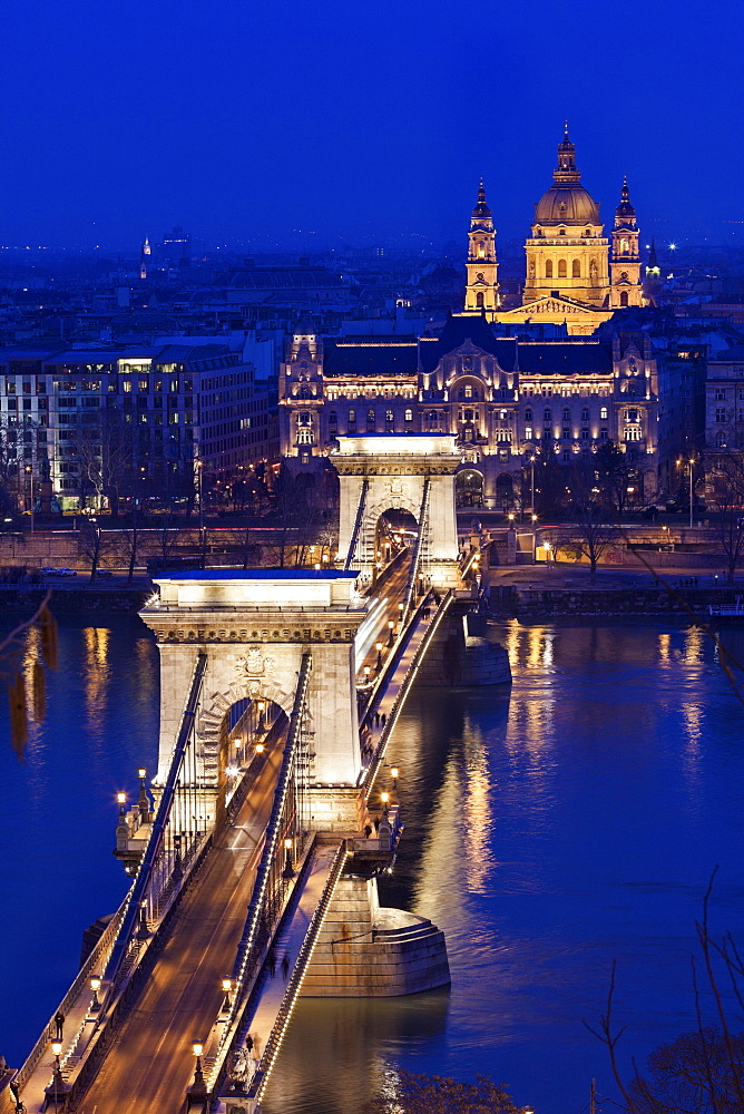 Chain Bridge and Saint Stephen's Basilica, Hungary, Budapest, Chain bridge, Saint Stephen's Basilica