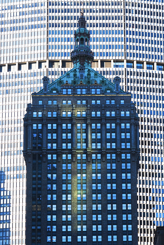 USA, New York State, New York City, Old building against modern skyscraper