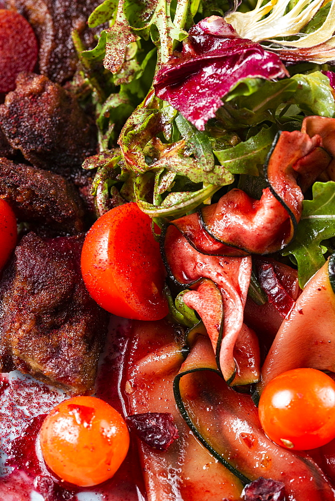 Salad with beef, eggplant and tomato