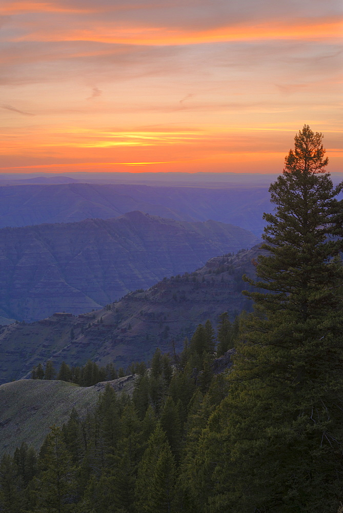 View to Imnaha River Canyon at sunset, USA, Oregon