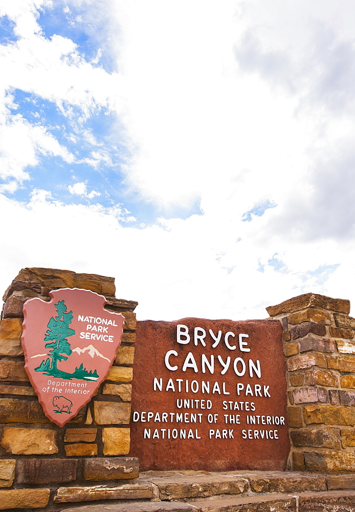 View of information sign, Bryce Canyon, Utah