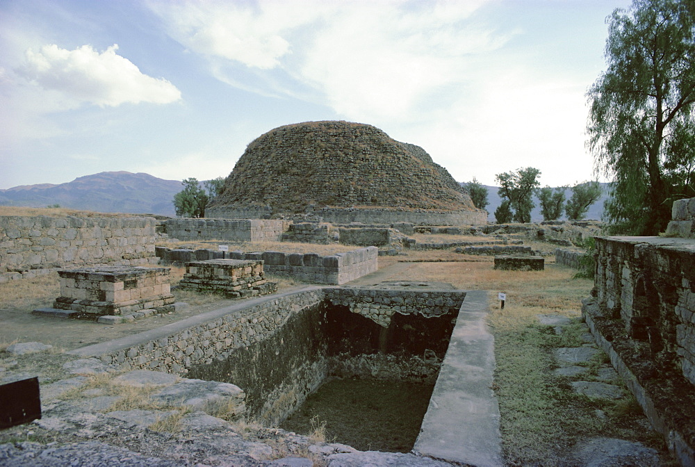 Buddhist stupa, Taxila, UNESCO World Heritage Site, Punjab, Pakistan, Asia