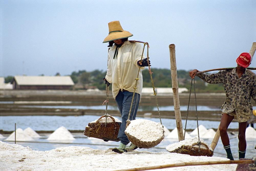 Salt workers, Bangkok, Thailand, Southeast Asia, Asia - 1-28586